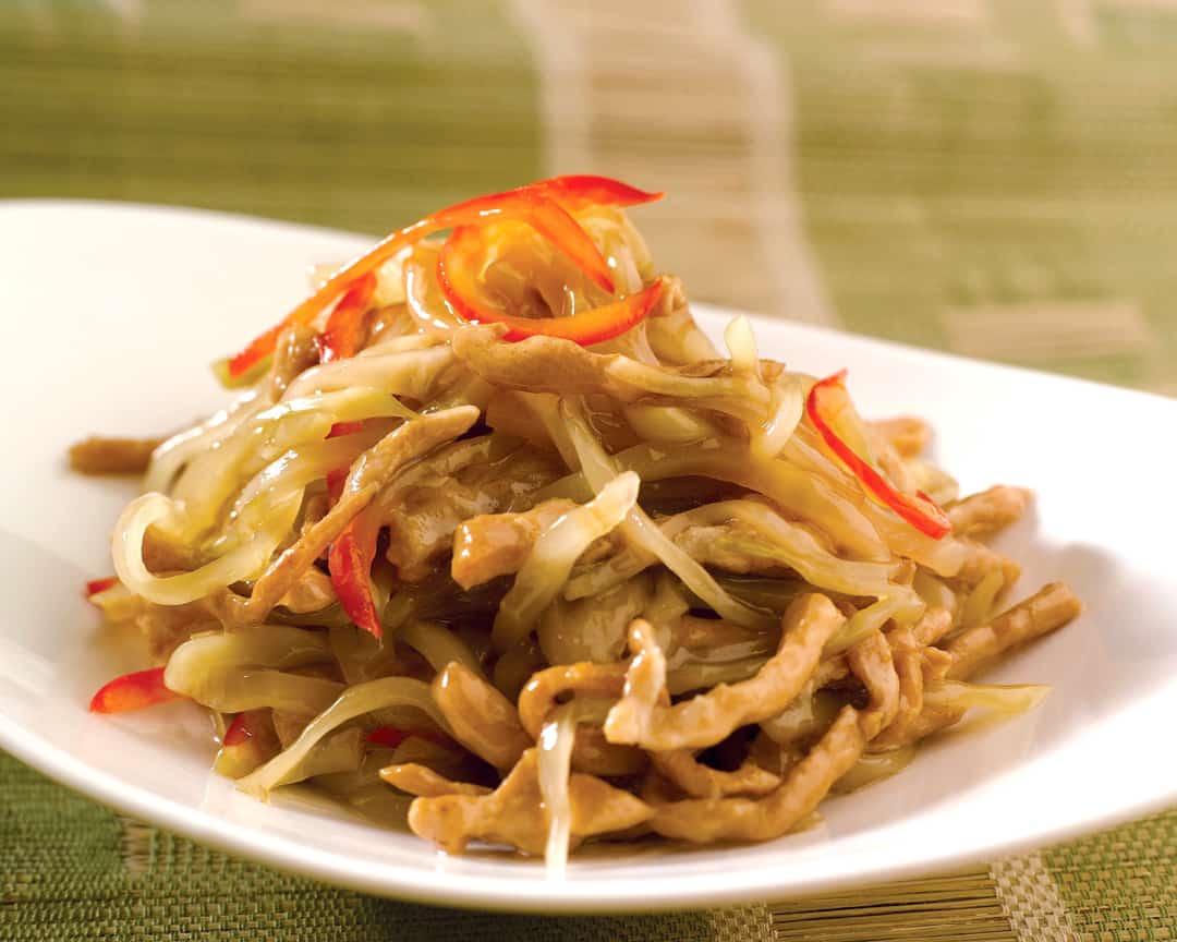E7 四川榨菜肉丝 Sautéed Shredded Pork with Szechuan Vegetable Pickles