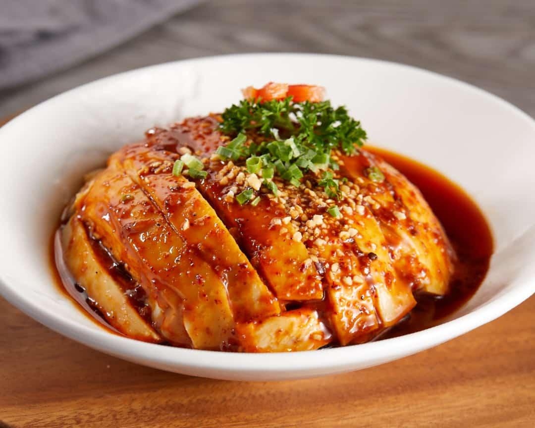 F3 成都口水鸡 Poached Chicken in Szechuan Style