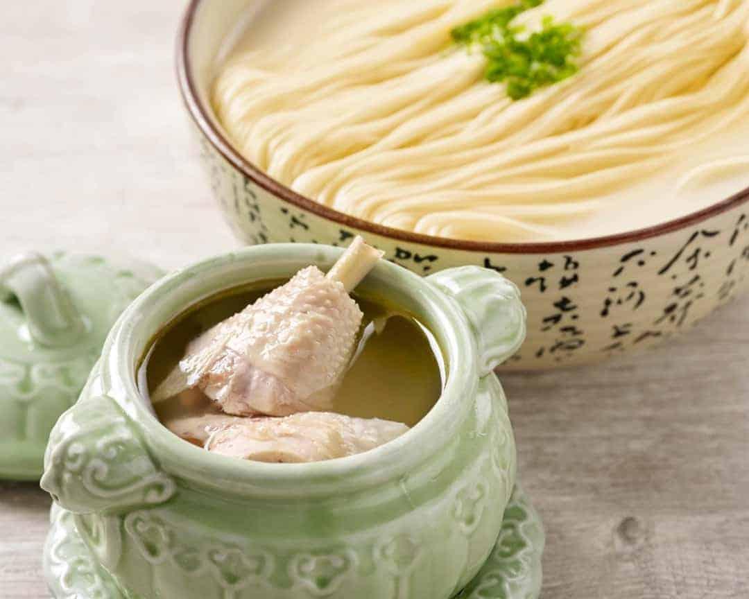 H13 清炖鸡汤拉面 La Mian with Double-boiled Chicken Soup Z