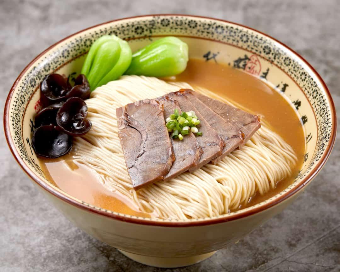 H18 乐新-1242-五香牛肉猪骨汤拉面 La Mian with Spiced Australian Beef in Signature Pork Bone Soup